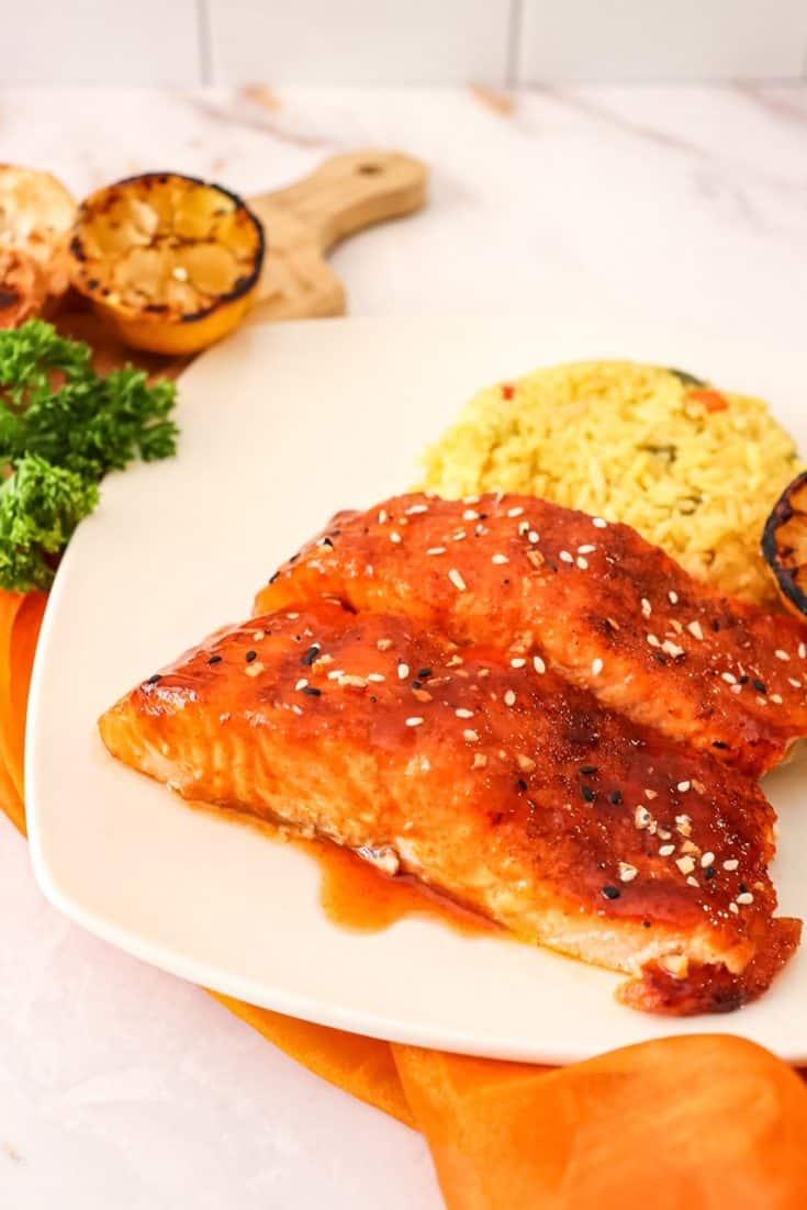 Honey Sriracha Glazed Salmon in the Air Fryer